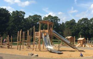 Wunderbarer Spielplatz im Holzbendenpark